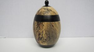 Spalted tamarind and African Blackwood lidded box